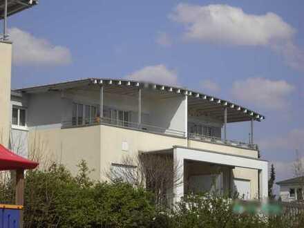 Helle 2-Zimmer Wohnung mit 2 großen Balkonen Langenfeld-Zentrum