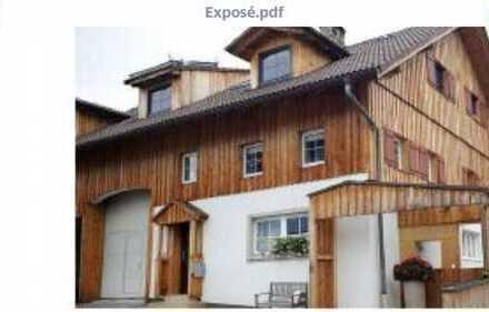 Schöne 4-Zimmer-Maisonette-Wohnung mit großer Terasse in Denklingen