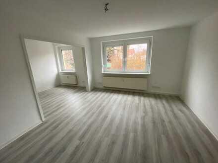 3 Zimmer im Erdgeschoß warten in Neukirchen