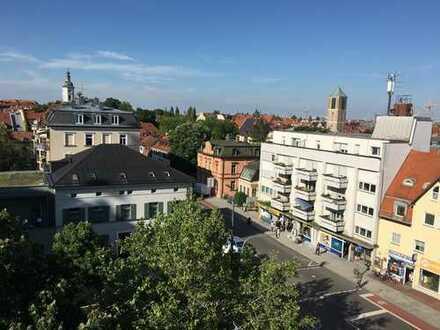 Grosse 2-Zimmer DG-Whg. - Jugendstilaltbau in Sendling