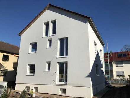 Erstbezug mit Balkon: helle 3-Zimmer-Wohnung in Weinstadt Beutelsbach