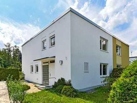 Großzügige Doppelhaushälfte auf weitläufigem Südgrundstück in ruhiger Lage von Waldperlach