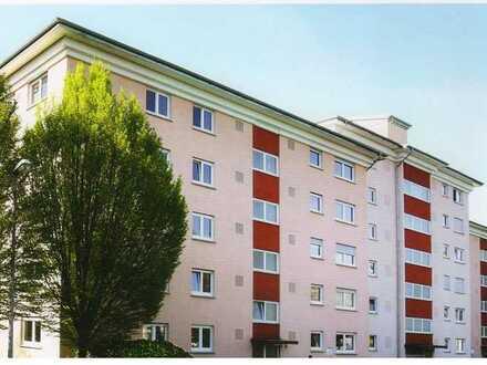 3-Zimmer-Wohnung mit 98,16 m² Wfl. im 2. OG mit Garage von privat