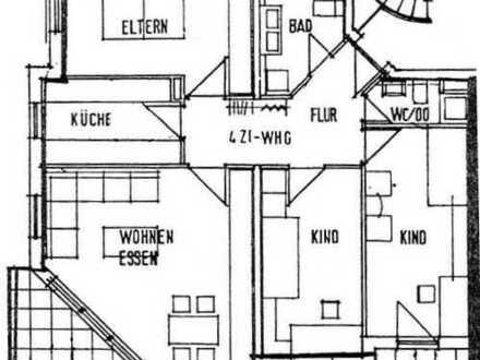Helle 4-Zi.-Wohnung mit Balkon in KA-Nordweststadt