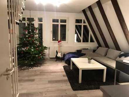 Maritime 2-Zimmer-Whg. im 2. OG mit Balkon und EBK mitten in Bremen-Vegesack: 52qm+DG