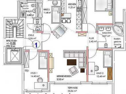 Barrierefreie 5 Zimmer Wohnung mit großer Terrasse und Gartenanteil