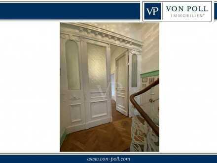 Denkmalgeschützte großzügige Belle Etage mit zwei Balkonen