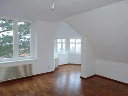 Tolle Wohnung mit Traumausblick in einer schönen Villa!!!!