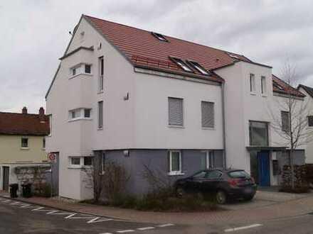 Exklusive, 5-Zimmer-Dachgeschosswohnung mit Balkon und EBK in Eggenstein-Leopoldshafen