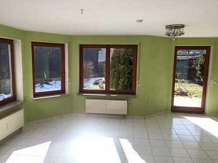 *** Ruhige Wohnung mit Garten in Eberdingen ***