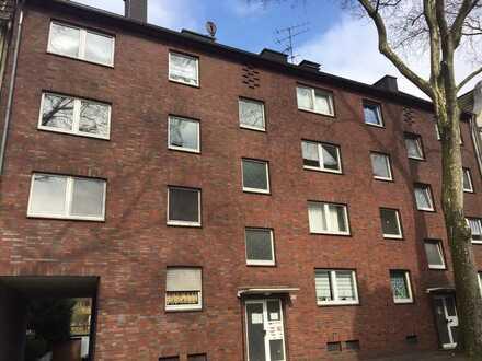 *Schöne 3-Zimmerwohnung mit Balkon und EBK *