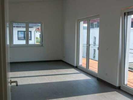 Neuwertige 3,5-Zimmer-DG-Wohnung mit Balkon und EBK in Mössingen