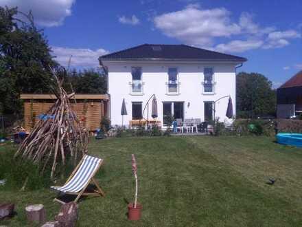 Wunderschönes Haus mit großem Garten und ruhiger Lage