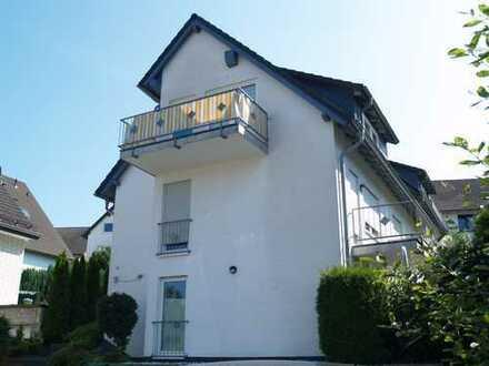Gepflegte Dachgeschosswohnung mit Balkon in Gummersbach-Strombach