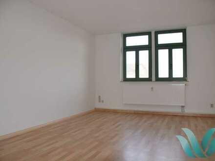 helle 4-Raum Wohnung mit Balkon und 4,35% Rendite
