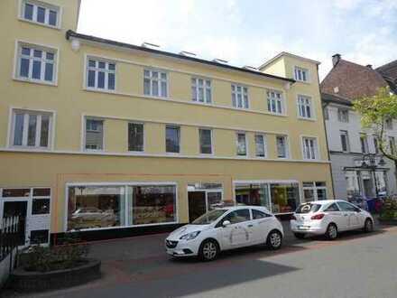 ca. 123m² ebenerdige Büro-/Praxisfläche in Fußgängerzone von IS-Letmathe + Schaufenster zu vermieten