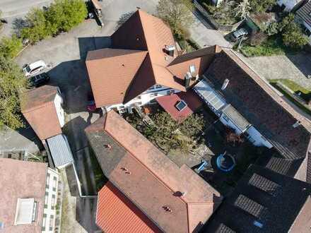 Ihre Chance zentral in Efringen-Kirchen: bekanntes Gasthaus mit 2 Wohnungen und 16 Gäste-Zimmern!