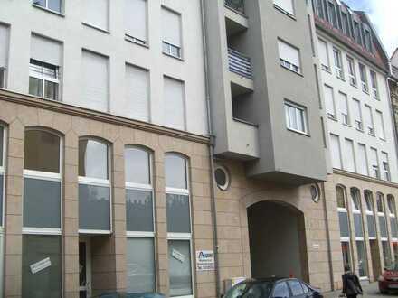 Gepflegte 2-Zimmer-Wohnung mit EBK in Fürth