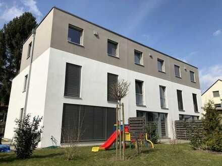 Reihenendhaus im modernen Maisonette Wohnungsstil mit Garten in Stöckheim