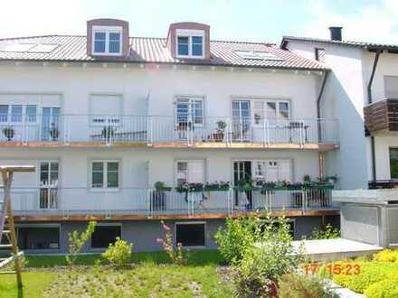 Max. 2 Personen! Helle, geräumige 3-Zimmer-Whg. mit Balkon in München Feldmoching