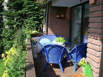 Gepflegte 3-Zimmer-EG-Wohnung mit Balkon und Einbauküche in Krefeld-Königshof