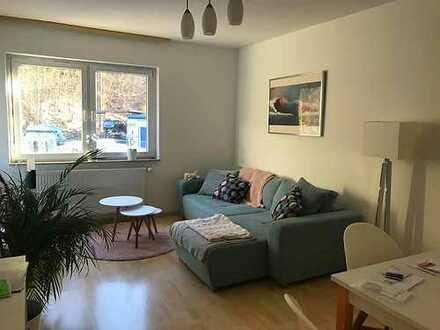 Ruhig gelegene und toll geschnittene 2-Zimmer-Wohnung mit Balkon in Stuttgart-Heslach