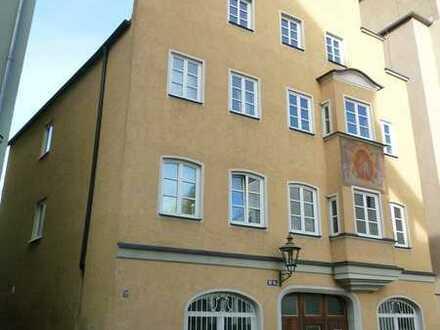 Charmante 2 ZKB in historischem Gebäude im Augsburger Domviertel
