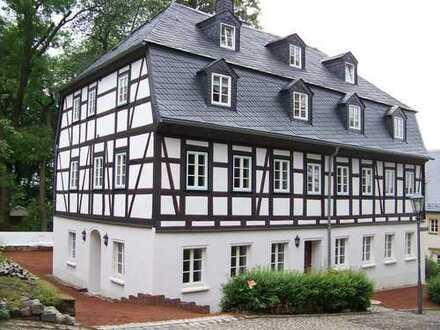 Augustusburg mit Blick auf das Schloß. 3-Raum - Maisonettenwohnung