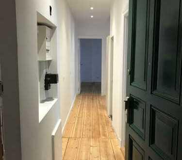 1 ,5 Zimmer mit offener EBK im ruhigen Gartenhaus 1.OG