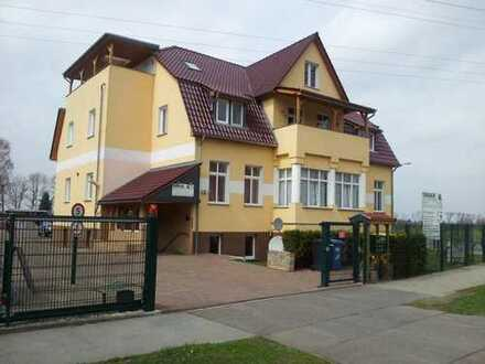 Helle 3-Zimmer-DG-Wohnung in Berlin-Malchow zu vermieten!