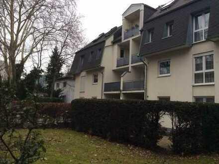 WRS Immobilien - Neuwertige 3 Zimmer Wohnung im 2. OG mit EBK, 2 Balkone und TG-Stellplatz