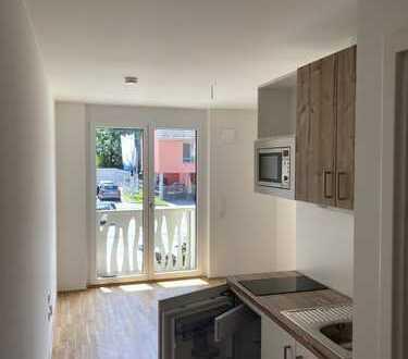 Erstbezug: Neue 1-Zimmer-Wohnung mit EBK und Balkon in Schwabing-Freimann,
