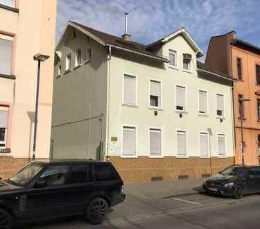 2-Zimmer-Wohnung in Offenbach zu vermieten (1. OG)