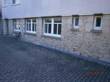 Günstige 3,5-Zimmer-Erdgeschosswohnung in Kranichfeld
