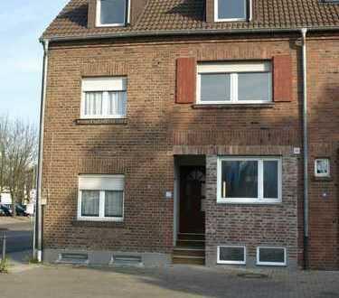 Haus in Bergheim, renoviert, teilweise Neubau, Solaranlage, provisionsfrei von privat