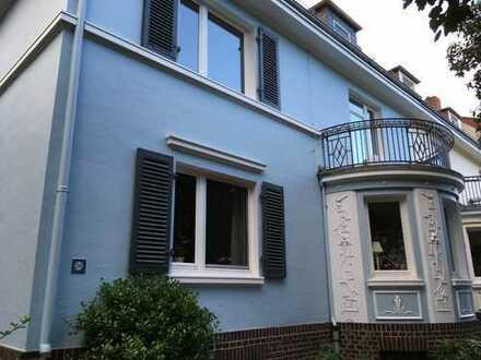 Stilvolle, sanierte 3-Zi-Wohnung mit 21 qm Terrasse + Balkon + Einbauküche in Schwachhausen