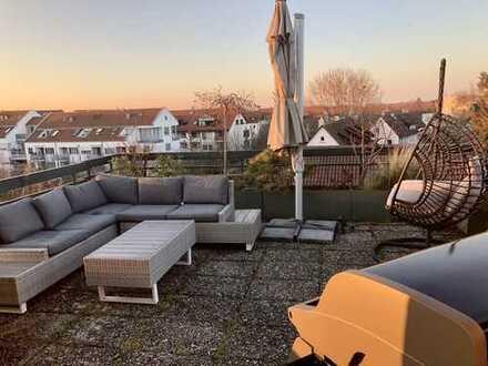 Schöne 3,5-Zimmer-Penthouse-Wohnung mit Dachterasse und Einbauküche in Fellbach