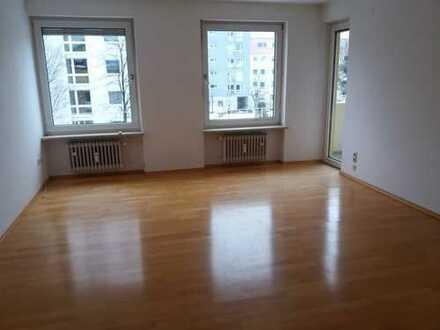 Verkauf Privat an Privat, Sonnige, 3-Zimmer-Wohnung in München-Laim