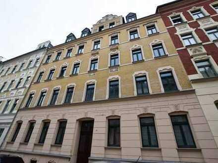 Solide vermietete Dachgeschosswohnung im Schloßviertel von Chemnitz zur Kapitalanlage!