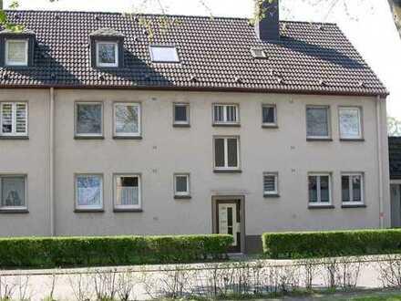 Zwei 2-Zimmer-Wohnungen zum Zusammenlegen mit großem Garten in Duisburg-Bissingheim
