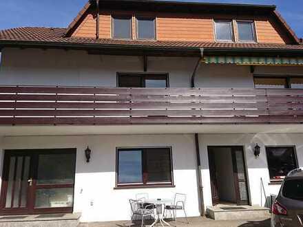 Gewerbeeinheit bestehend aus 3 stöckigem Haus, Halle o. Werkstatt und ca. 400 qm Freifläche