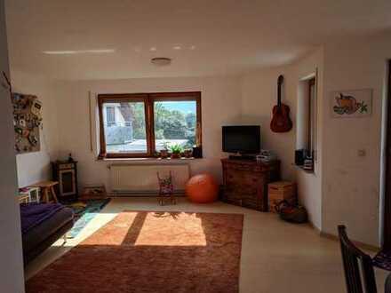 Freundliche 3-Zimmer-Wohnung mit Balkon und Einbauküche in Rottenburg