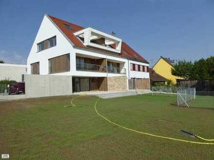 KAINZ-IMMO.DE - Neuwertiges Reiheneckhaus mit großem Garten in Erding