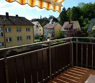 Vermiete 3-Zimmer Wohnung mit Balkon + Einzelgarage + Neu Renoviert, Erstbezug!!