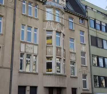 schöne Innenstadtwohnung in Jugendstilhaus