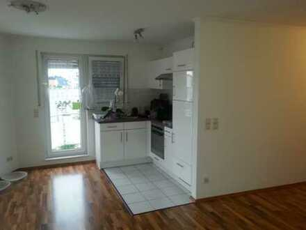 Schöne 2-Zimmer-Wohnung mit Balkon und EBK in Stutensee