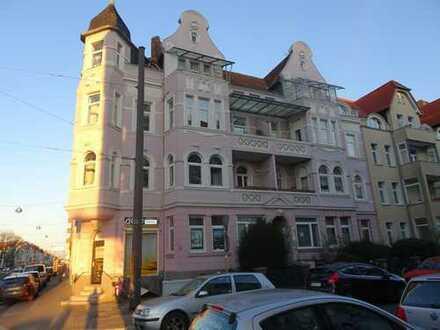 -Wohnen im Malerviertel- Sanierte, helle , großzügige 5-Zimmer-ETW i. d. Holbeinstraße