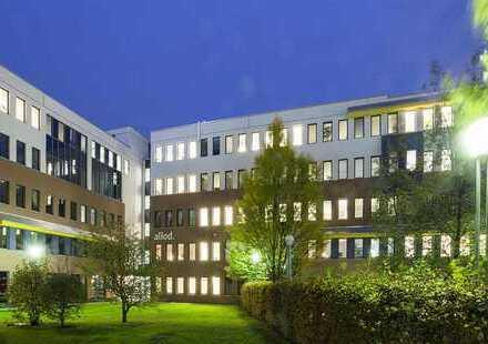 Große und helle Bürofläche im Süden Berlins