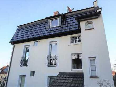 ARNOLD-IMMOBILIEN: Stilvolle Wohnung - neu renoviert