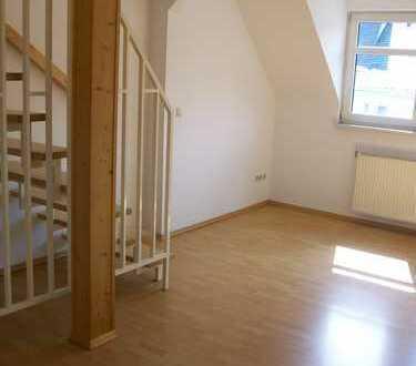Tolle 2-Raum im Dachgeschoss (Mais.) m.Balkon